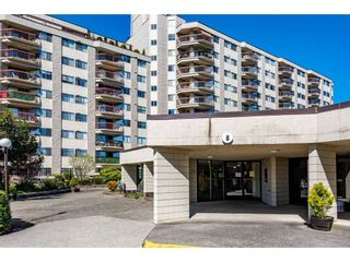 """Photo 2: 102 31955 OLD YALE Road in Abbotsford: Abbotsford West Condo for sale in """"Evergreen Village"""" : MLS®# R2566463"""
