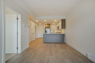 Photo 9: 309 14022 NORTH BLUFF Road: Condo for sale in White Rock: MLS®# R2562036