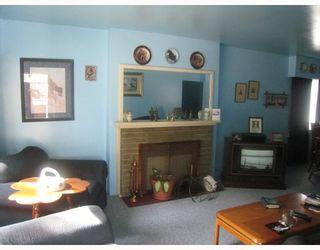 Photo 3: 5865 JOYCE Street in Vancouver: Killarney VE House for sale (Vancouver East)  : MLS®# V781284