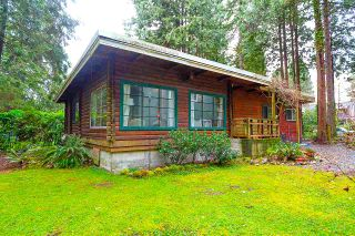 Main Photo: 2580 LLOYD Avenue in North Vancouver: Capilano NV House for sale : MLS®# R2542996
