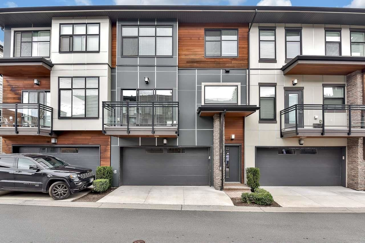 Main Photo: 37 2687 158 STREET in Surrey: Grandview Surrey Townhouse for sale (South Surrey White Rock)  : MLS®# R2611194