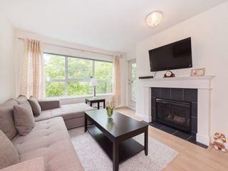 "Photo 3: 303 9668 148 Street in Surrey: Guildford Condo for sale in ""HARTFORD WOODS"" (North Surrey)  : MLS®# R2261851"