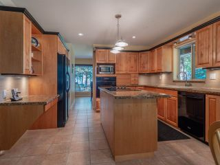 Photo 3: 8174 REDROOFFS Road in Halfmoon Bay: Halfmn Bay Secret Cv Redroofs House for sale (Sunshine Coast)  : MLS®# R2349635