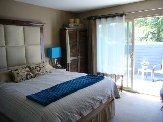 Photo 11: 15818 MCBETH RD in Surrey: King George Corridor Townhouse for sale (South Surrey White Rock)  : MLS®# F1438845