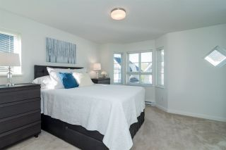 """Photo 11: 65 8476 207A Street in Langley: Willoughby Heights Townhouse for sale in """"YORK By Mosaic"""" : MLS®# R2313776"""