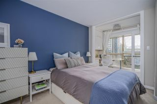 "Photo 11: 703 819 HAMILTON Street in Vancouver: Yaletown Condo for sale in ""THE 819"" (Vancouver West)  : MLS®# R2542171"