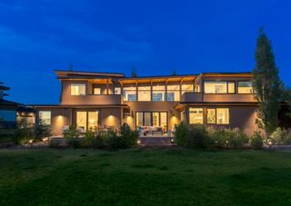 Photo 3: 327 Leighton View in Rural Rocky View County: Rural Rocky View MD Detached for sale : MLS®# A1140250