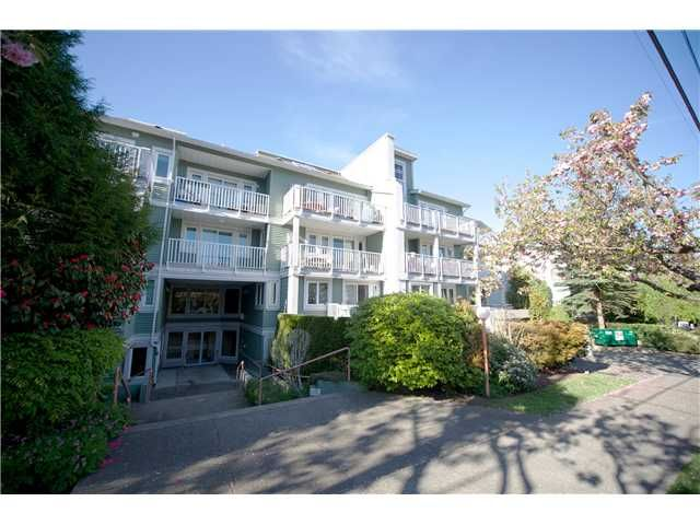 Photo 12: Photos: # 11 1949 W 8TH AV in Vancouver: Kitsilano Condo for sale (Vancouver West)  : MLS®# V1077234
