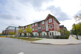 """Photo 14: 30 4588 DUBBERT Street in Richmond: West Cambie Townhouse for sale in """"OXFORD LANE"""" : MLS®# R2350007"""