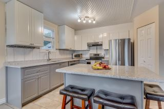 """Photo 8: 2558 STEEPLE Court in Coquitlam: Upper Eagle Ridge House for sale in """"UPPER EAGLE RIDGE"""" : MLS®# R2082619"""