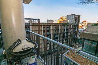 """Photo 15: 803 128 W CORDOVA Street in Vancouver: Downtown VW Condo for sale in """"WOODWARDS W43"""" (Vancouver West)  : MLS®# R2241482"""
