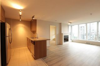 """Photo 4: 1809 660 NOOTKA Way in Port Moody: Port Moody Centre Condo for sale in """"NAHANNI"""" : MLS®# R2233672"""
