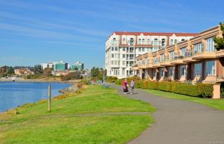Photo 16: 206 68 Songhees Rd in : VW Songhees Condo for sale (Victoria West)  : MLS®# 882837