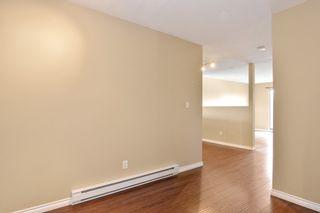"Photo 4: 311 17661 58A Avenue in Surrey: Cloverdale BC Condo for sale in ""WYNDHAM ESTATES"" (Cloverdale)  : MLS®# R2158983"