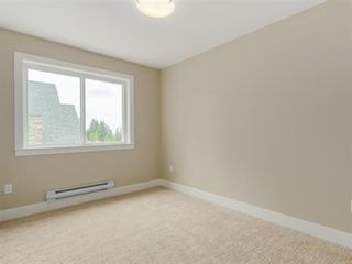 """Photo 2: 107 1405 DAYTON Avenue in Coquitlam: Burke Mountain Townhouse for sale in """"ERICA"""" : MLS®# R2104170"""