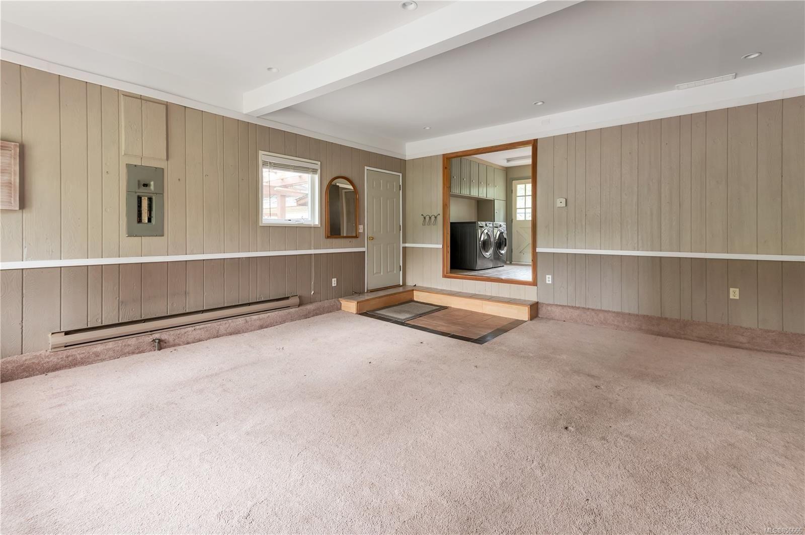 Photo 23: Photos: 2468 Oakes Rd in : CV Merville Black Creek House for sale (Comox Valley)  : MLS®# 856666