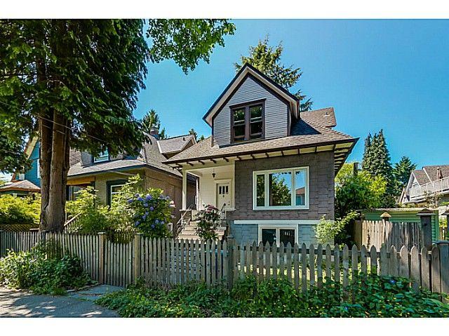 """Main Photo: 4583 WINDSOR Street in Vancouver: Fraser VE House for sale in """"FRASER"""" (Vancouver East)  : MLS®# V1124141"""