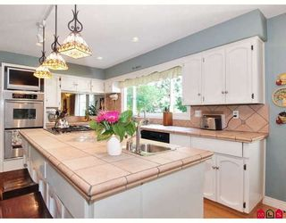 Photo 2: 1695 Amble Greene Drive in Surrey: Crescent Bch Ocean Pk. House for sale (South Surrey White Rock)  : MLS®# F2911984