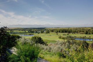 Photo 2: 107 Mt Norquay Park SE in Calgary: McKenzie Lake Detached for sale : MLS®# A1113406