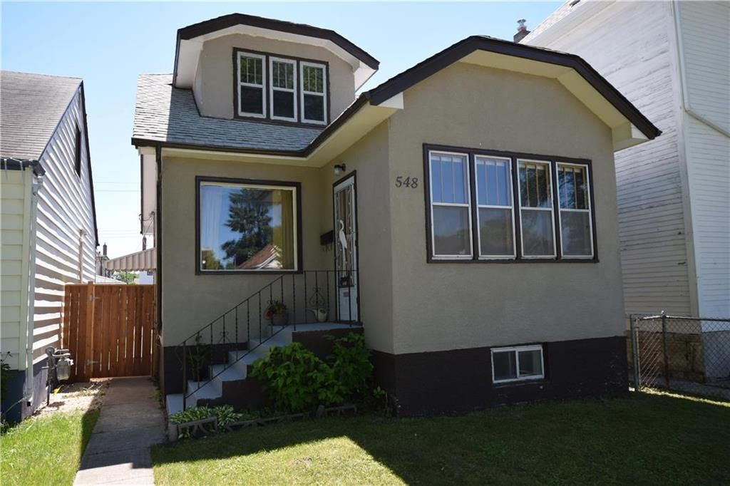 Main Photo: 548 St John's Avenue in Winnipeg: North End Residential for sale (4C)  : MLS®# 202114913