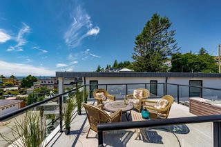 """Photo 30: 15580 COLUMBIA Avenue: White Rock House for sale in """"White Rock"""" (South Surrey White Rock)  : MLS®# R2599459"""