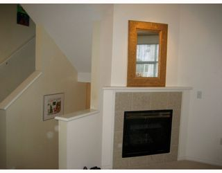 "Photo 6: 1 6588 BARNARD Drive in Richmond: Terra Nova Townhouse for sale in ""CAMBERLEY"" : MLS®# V758128"