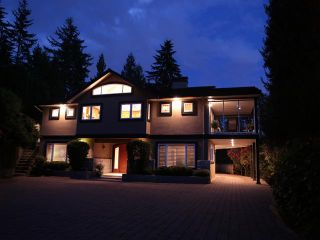 """Photo 1: 3866 LONSDALE Avenue in North Vancouver: Upper Lonsdale House for sale in """"UPPER LONSDALE"""" : MLS®# V1123324"""