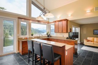Photo 5: 4688 EASTRIDGE Road in North Vancouver: Deep Cove House for sale : MLS®# R2565563