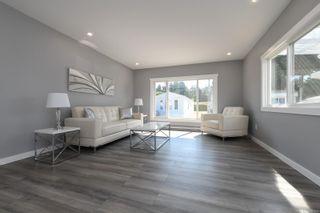 Photo 12: 16 1240 Wilkinson Rd in : CV Comox Peninsula Manufactured Home for sale (Comox Valley)  : MLS®# 881930
