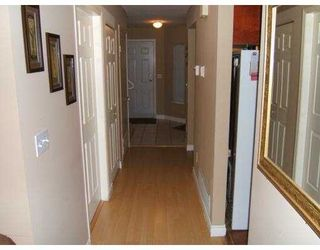"""Photo 8: 2590 PANORAMA Drive in Coquitlam: Westwood Plateau Townhouse for sale in """"BUCKINGHAM COURT"""" : MLS®# V628086"""