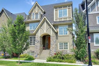 Photo 2: 165 Burma Star Road SW in Calgary: Currie Barracks Detached for sale : MLS®# A1127399