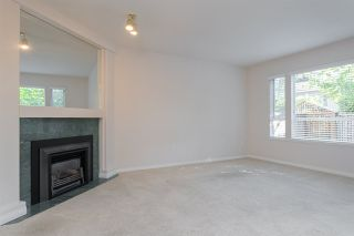Photo 9: 133 15550 26 AVENUE in Surrey: King George Corridor Townhouse for sale (South Surrey White Rock)  : MLS®# R2400272
