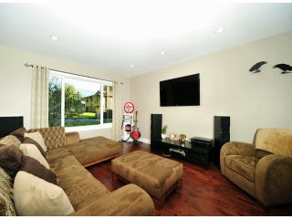 "Photo 11: 1124 JUNIPER Avenue in Port Coquitlam: Lincoln Park PQ 1/2 Duplex for sale in ""LINCOLN PARK"" : MLS®# V1033193"