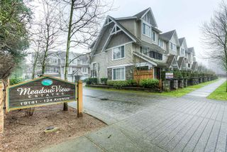 """Photo 1: 10 19141 124 Avenue in Pitt Meadows: Mid Meadows Townhouse for sale in """"MEADOWVIEW ESTATES"""" : MLS®# R2023282"""