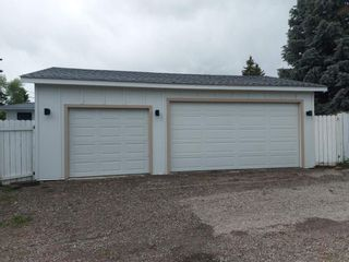 Photo 2: 32 Kirby Place SW in Calgary: Kingsland Detached for sale : MLS®# A1143967