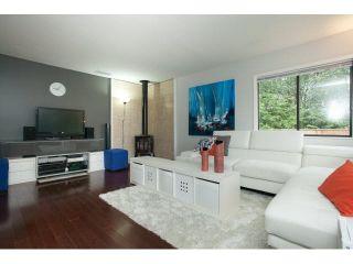 "Photo 3: 747 CHELSEA Avenue in Port Coquitlam: Lincoln Park PQ 1/2 Duplex for sale in ""LINCOLN PARK"" : MLS®# V1139113"