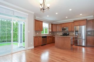 Photo 8: 19755 68A AVENUE in Langley: Home for sale : MLS®# R2153628