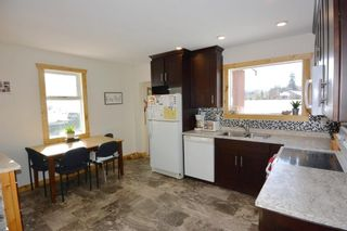 Photo 4: 1672 3RD Street: Telkwa House for sale (Smithers And Area (Zone 54))  : MLS®# R2416128