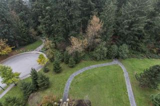 """Photo 2: 906 6823 STATION HILL Drive in Burnaby: South Slope Condo for sale in """"BELVEDERE"""" (Burnaby South)  : MLS®# R2534657"""