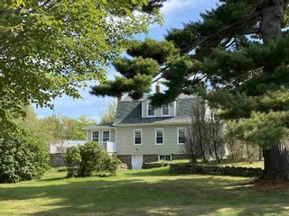 Photo 2: 1476 Alma Road in Loch Broom: 108-Rural Pictou County Residential for sale (Northern Region)  : MLS®# 202101111