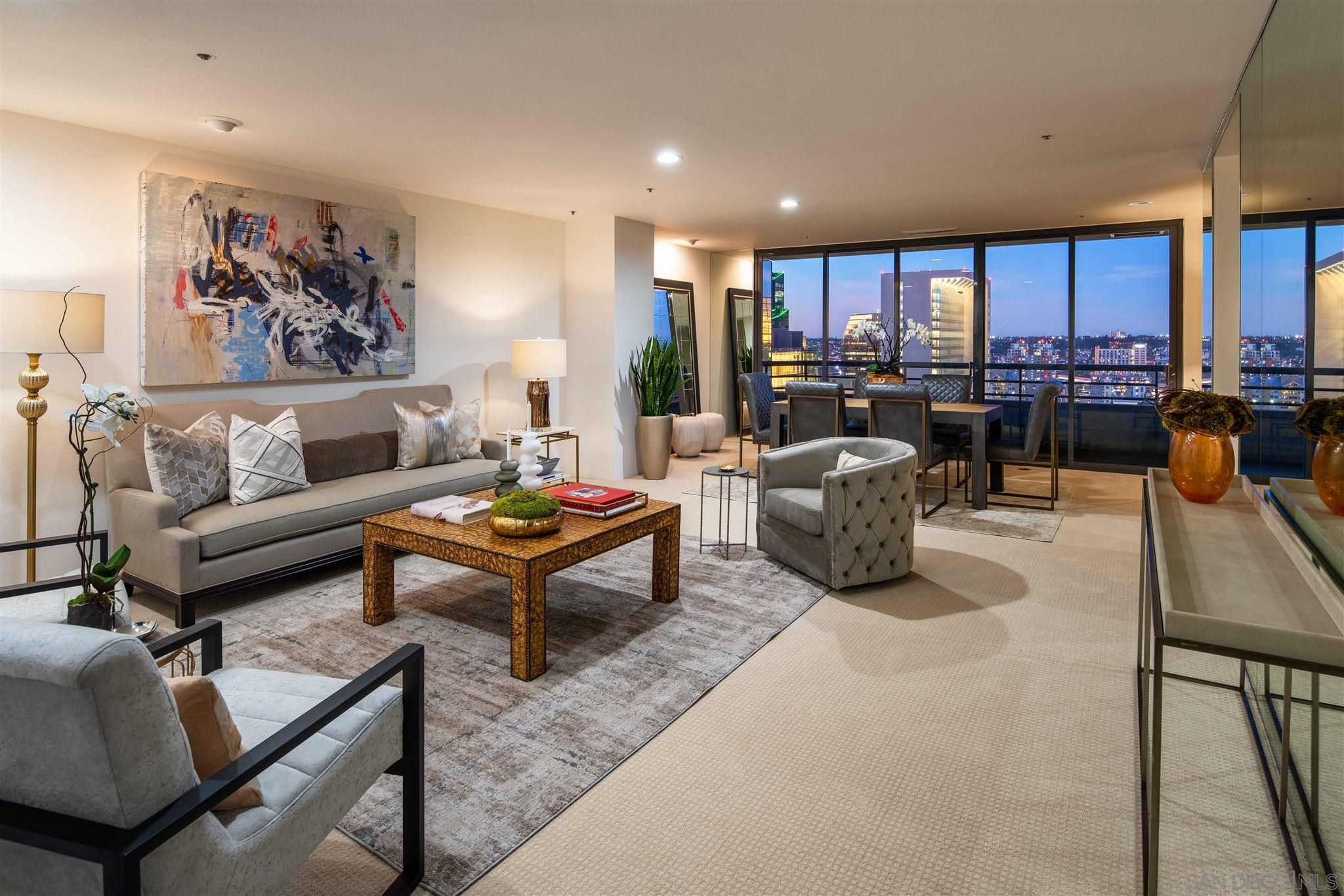 Main Photo: DOWNTOWN Condo for sale : 1 bedrooms : 700 Front Street #2305 in San Diego
