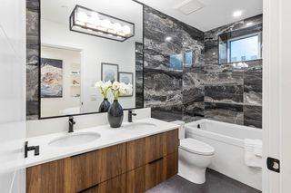"""Photo 17: 3255 W KING EDWARD Avenue in Vancouver: Dunbar Townhouse for sale in """"Boulevard/Dunbar"""" (Vancouver West)  : MLS®# R2580999"""