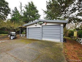 Photo 11: 761 Chesterlea Rd in VICTORIA: SE High Quadra House for sale (Saanich East)  : MLS®# 720959