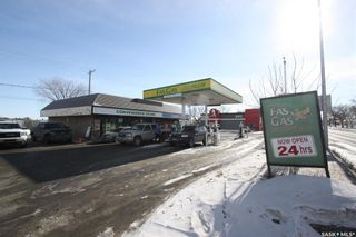 Photo 3: 1608 Idylwyld Drive North in Saskatoon: Kelsey/Woodlawn Commercial for sale : MLS®# SK841276