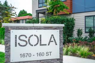 """Photo 2: 10 1670 160 Street in Surrey: King George Corridor Townhouse for sale in """"Isola"""" (South Surrey White Rock)  : MLS®# R2624791"""
