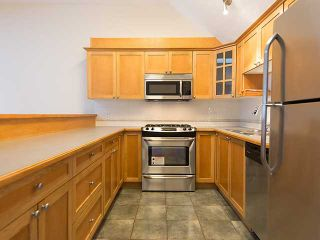 """Photo 7: PH4 380 W 10TH Avenue in Vancouver: Mount Pleasant VW Townhouse for sale in """"Turnbull's Watch"""" (Vancouver West)  : MLS®# V1053163"""