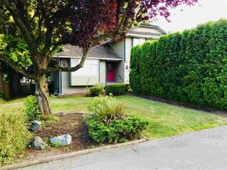 """Photo 2: 16118 12A Avenue in Surrey: King George Corridor House for sale in """"South Meridian"""" (South Surrey White Rock)  : MLS®# R2397694"""