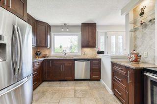 Photo 9: 9208 69 Street in Edmonton: Zone 18 House for sale : MLS®# E4253580