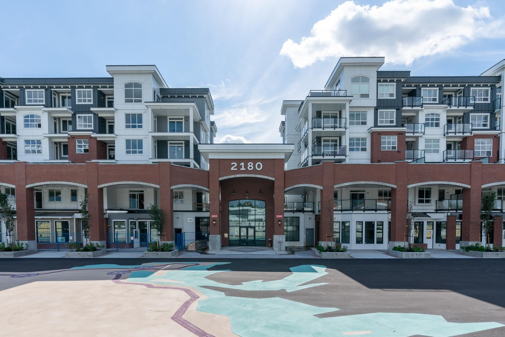 """Main Photo: 4614 2180 KELLY Avenue in Port Coquitlam: Central Pt Coquitlam Condo for sale in """"Montrose Square"""" : MLS®# R2618577"""