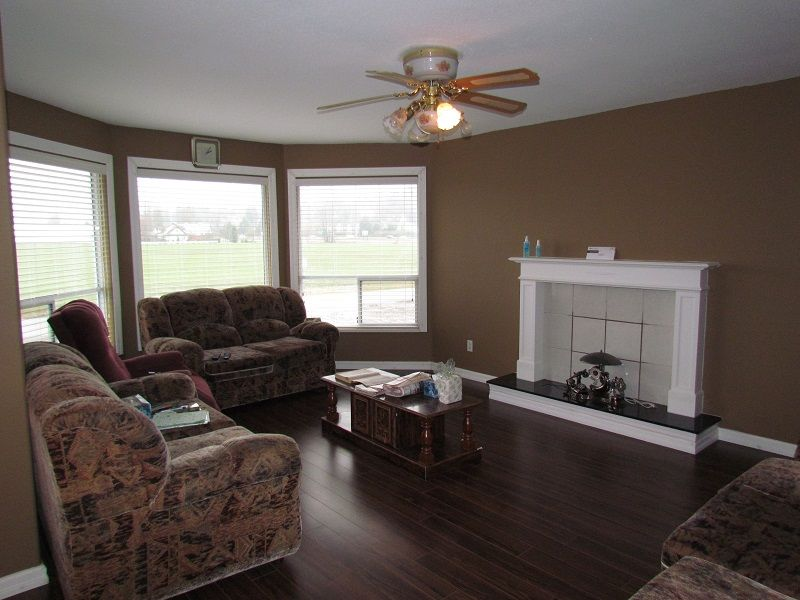 Main Photo: 1618 Angus Campbell Road in Abbotsford: House for sale or rent
